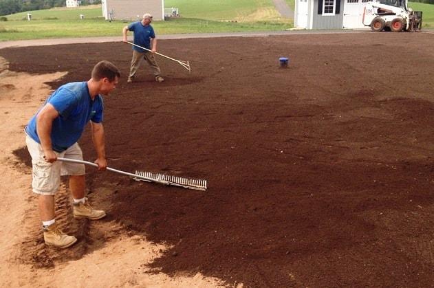 El suelo para el césped. Preparación de la tierra. - Zulueta ...